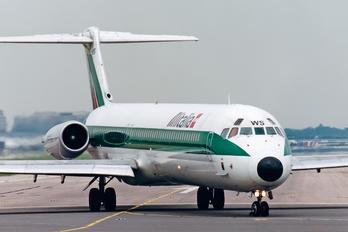 I-DAWS - Alitalia McDonnell Douglas MD-82