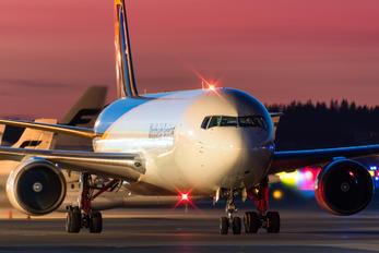 N392UP - UPS - United Parcel Service Boeing 767-300F