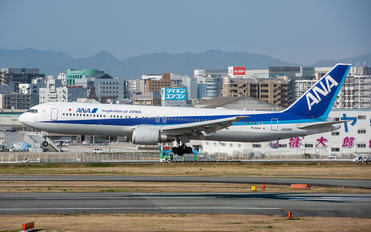 JA608A - ANA - All Nippon Airways Boeing 767-300ER