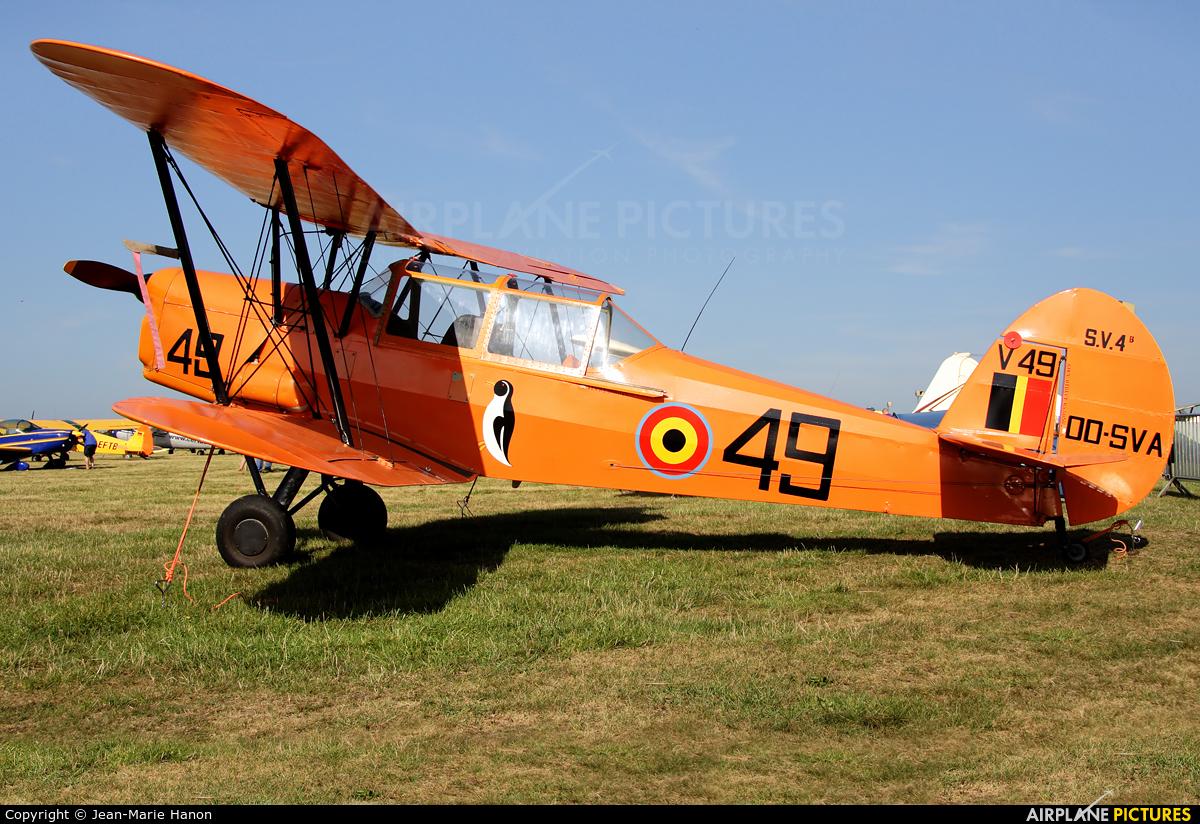Private OO-SVA aircraft at Diest Schaffen
