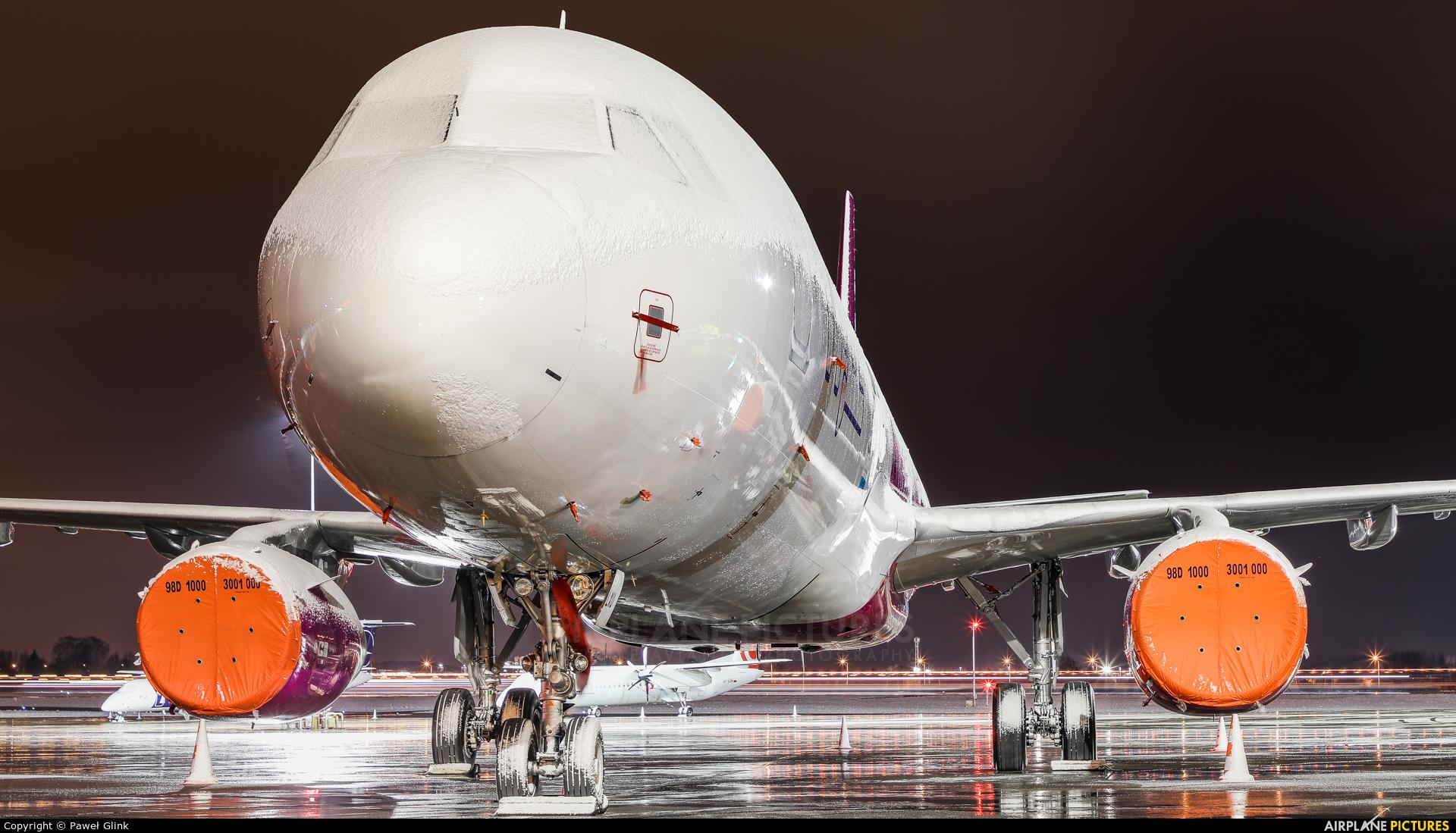 Wizz Air HA-LXU aircraft at Gdańsk - Lech Wałęsa