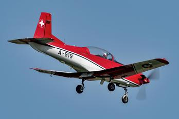 A-919 - Switzerland - Air Force: PC-7 Team Pilatus PC-7 I & II