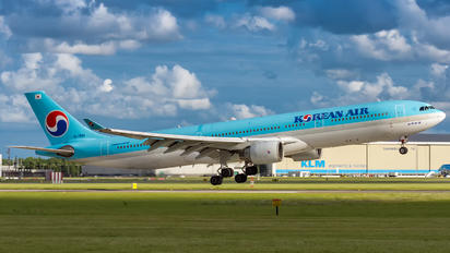 HL7553 - Korean Air Airbus A330-300