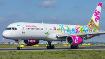 Sunday Boeing 757 visited Warsaw title=