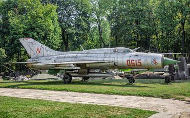 0615 - Poland - Air Force Mikoyan-Gurevich MiG-21PF