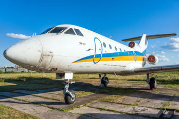 UR-XYZ -  Yakovlev Yak-40