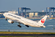 JA007D - JAL - Japan Airlines Boeing 777-200 aircraft