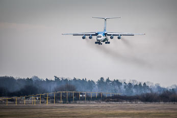 UK-76426 - Uzbekistan Air Force Ilyushin Il-76 (all models)