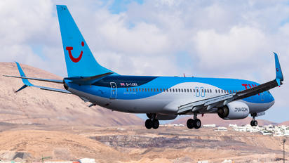 G-TAWX - TUI Airways Boeing 737-800