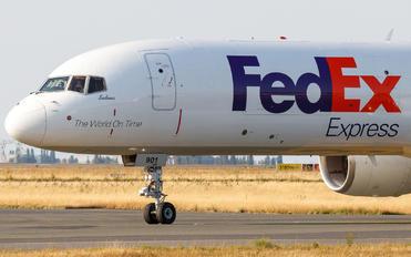 N901FD - FedEx Federal Express Boeing 757-200F