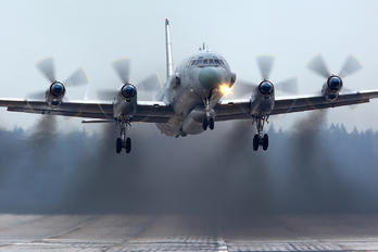 NO REG - Russia - Air Force Ilyushin Il-20