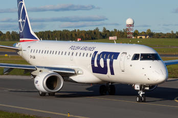 SP-LMA - LOT - Polish Airlines Embraer ERJ-190 (190-100)