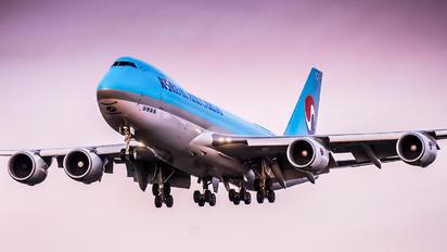 HL7624 - Korean Air Cargo Boeing 747-8F