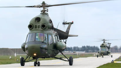 3829 - Poland - Air Force Mil Mi-2
