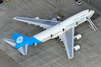 N747GF - General Electric Aircraft Engines Boeing 747-400