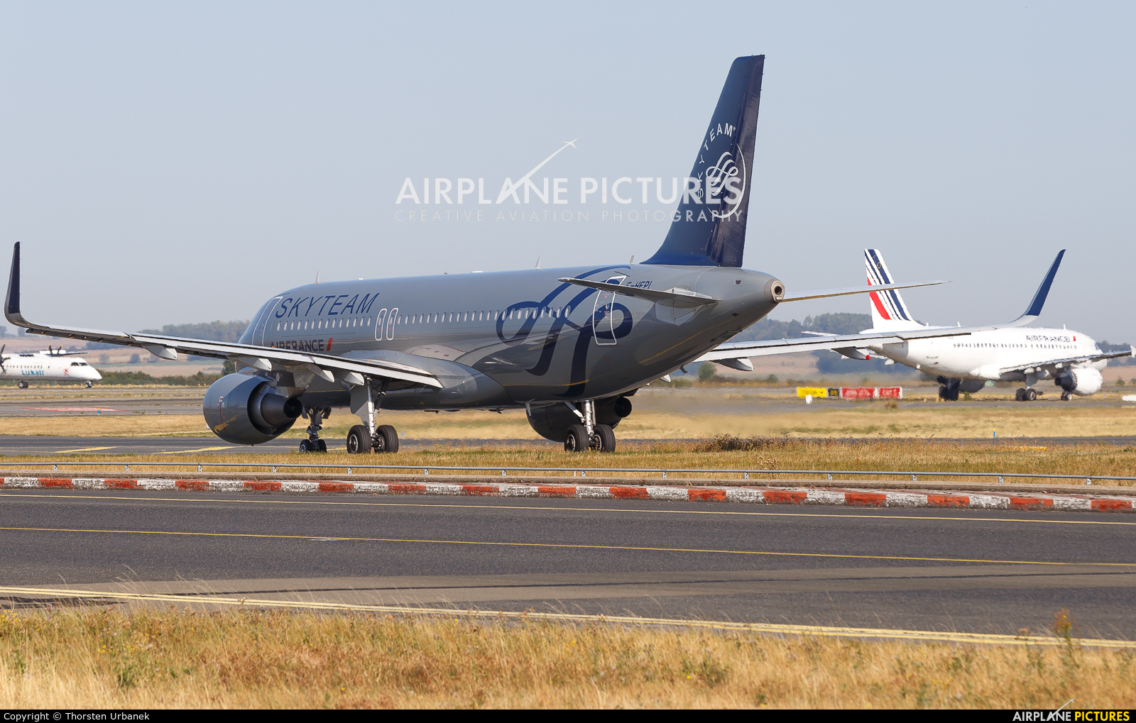 Air France F-HEPI aircraft at Paris - Charles de Gaulle