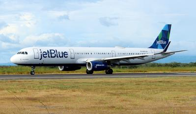 N952JB - JetBlue Airways Airbus A321