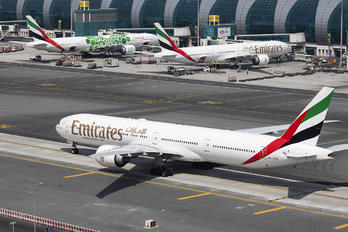 A6-ECK - Emirates Airlines Boeing 777-300ER