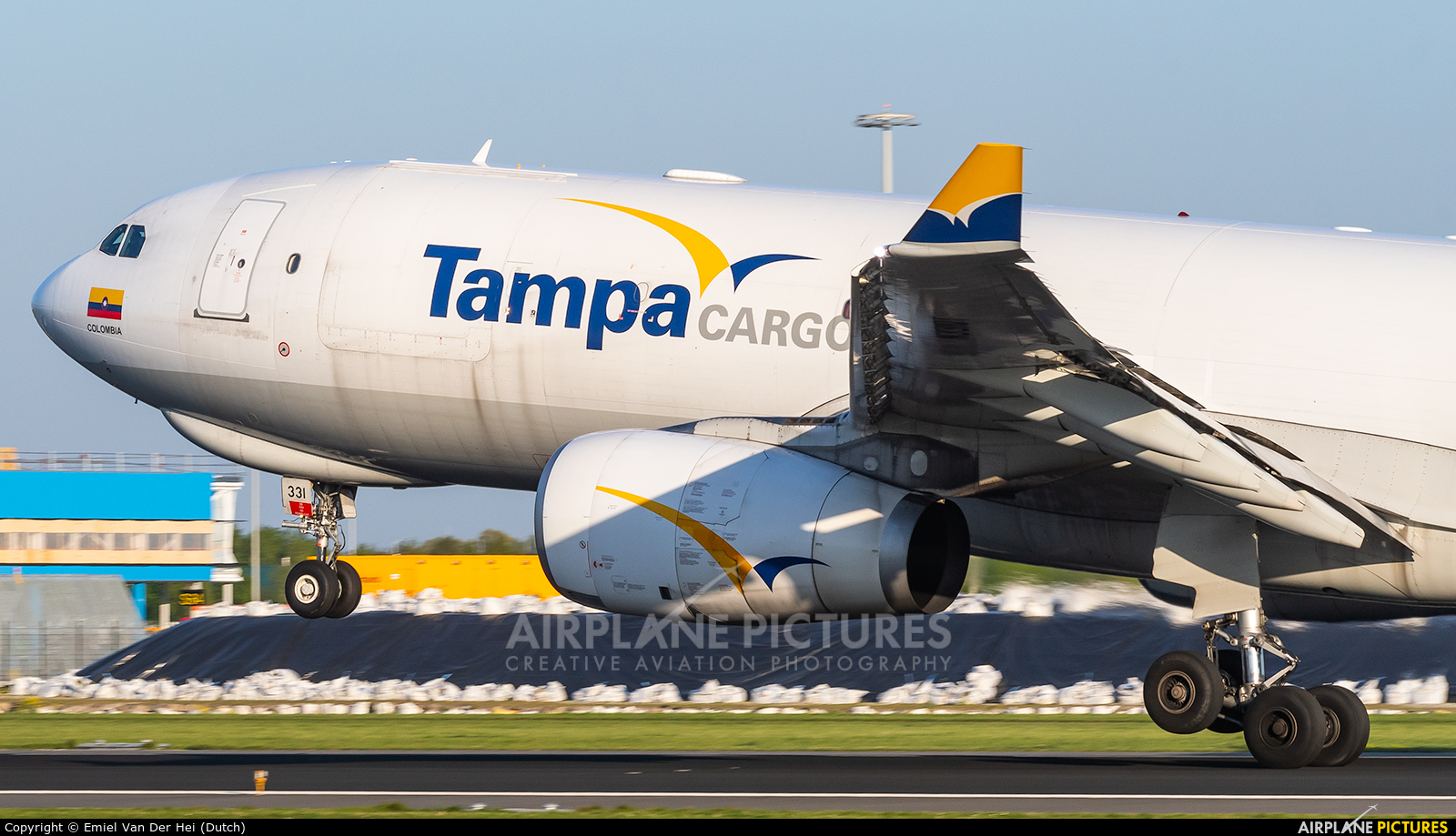 Tampa Cargo N331QT aircraft at Amsterdam - Schiphol