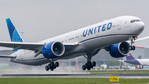 N2352U - United Airlines Boeing 777-300ER aircraft