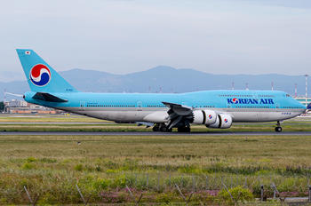 HL7632 - Korean Air Boeing 747-8
