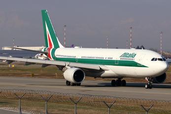 EI-EJL - Alitalia Airbus A330-200