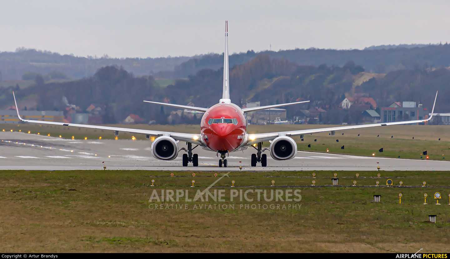 Norwegian Air Shuttle LN-DYD aircraft at Kraków - John Paul II Intl