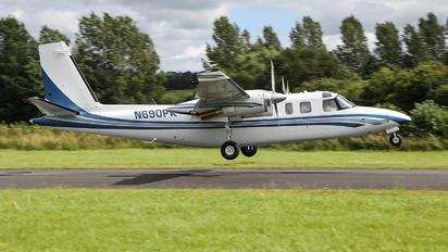 N690PK - Private Rockwell 690B Turbo Commander