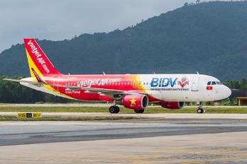 VN-A682 - VietJet Air Airbus A320