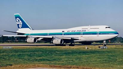 ZK-NBT - Air New Zealand Boeing 747-400