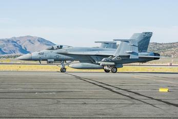 168472 - USA - Navy Boeing F/A-18E Super Hornet