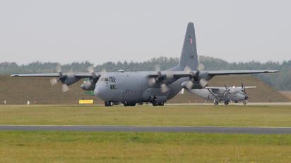 1508 - Poland - Air Force Lockheed C-130E Hercules