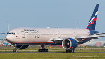Rare visit of Aeroflot Boeing 777 to Amsterdam title=