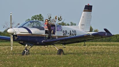 SP-AZO - Aeroklub Poznański Zlín Aircraft Z-142