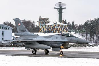 4068 - Poland - Air Force Lockheed Martin F-16C block 52+ Jastrząb