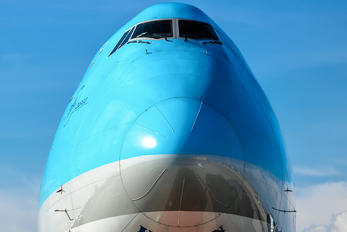 HL7639 - Korean Air Cargo Boeing 747-8F