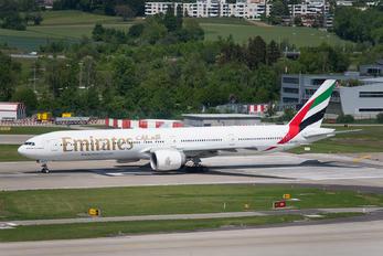 A6-ENU - Emirates Airlines Boeing 777-300ER