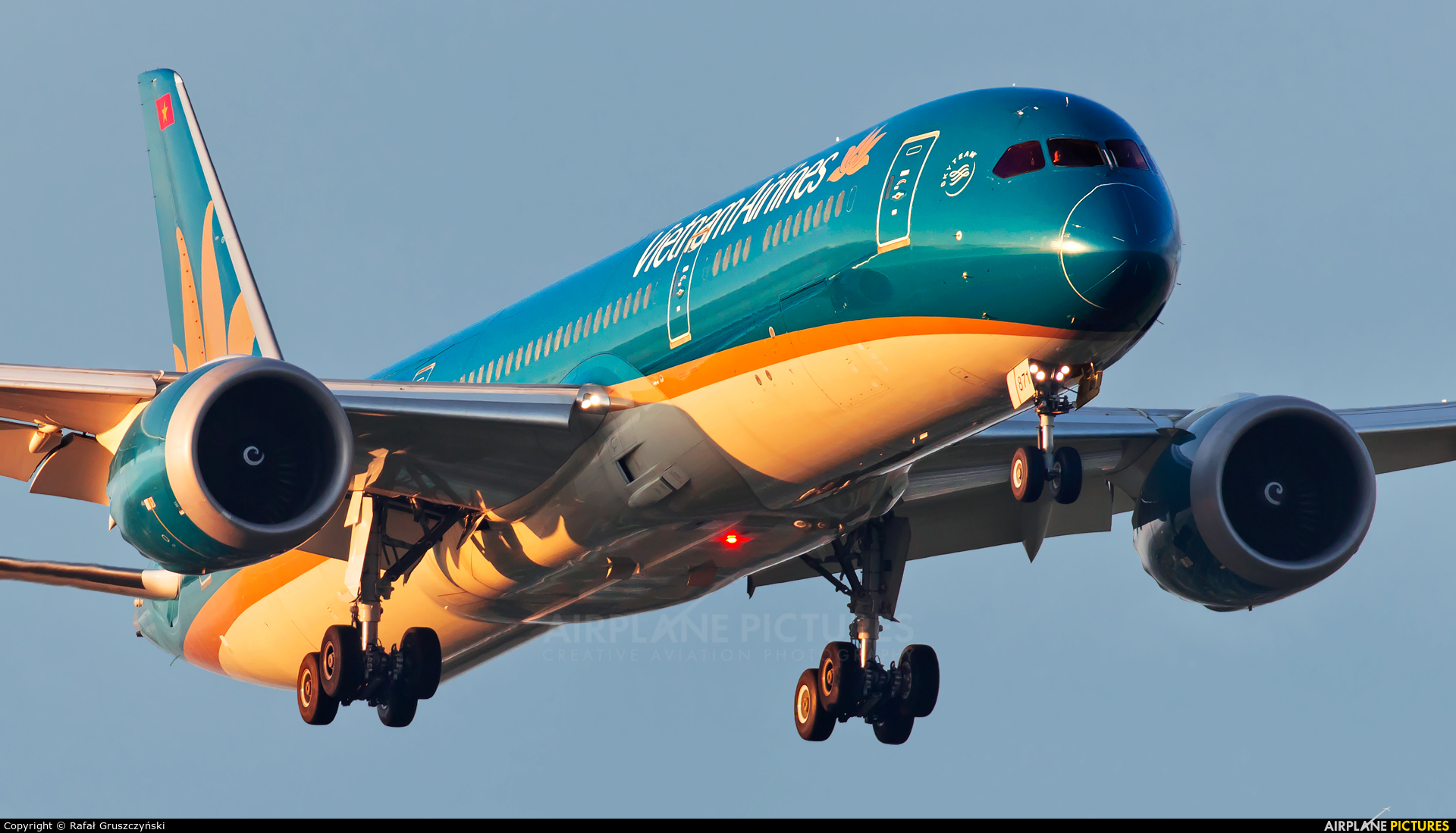 Vietnam Airlines VN-A871 aircraft at Warsaw - Frederic Chopin