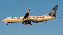 N73278 - United Airlines Boeing 737-800 aircraft