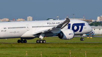 SP-LSF - LOT - Polish Airlines Boeing 787-9 Dreamliner