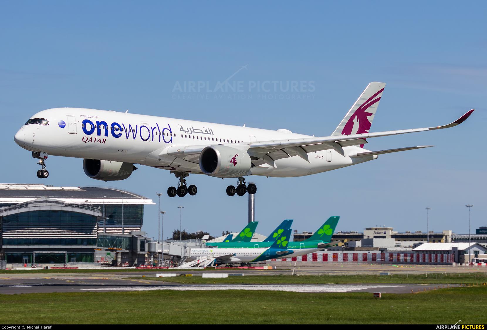 Qatar Airways A7-ALZ aircraft at Dublin