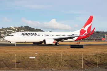 VH-VZP - QANTAS Boeing 737-800