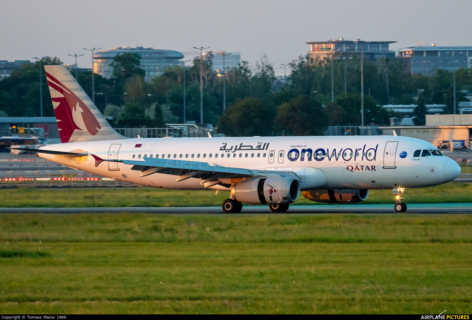 Qatar Airways A7-AHO aircraft at Warsaw - Frederic Chopin