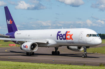 N972FD - FedEx Federal Express Boeing 757-200F