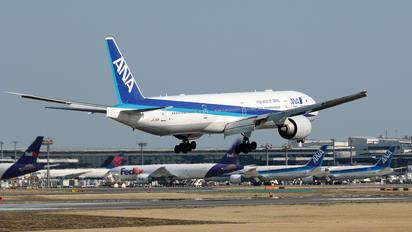 JA733A - ANA - All Nippon Airways Boeing 777-300ER