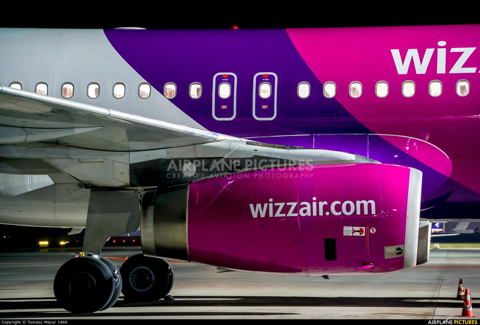 Wizz Air HA-LWB aircraft at Katowice - Pyrzowice