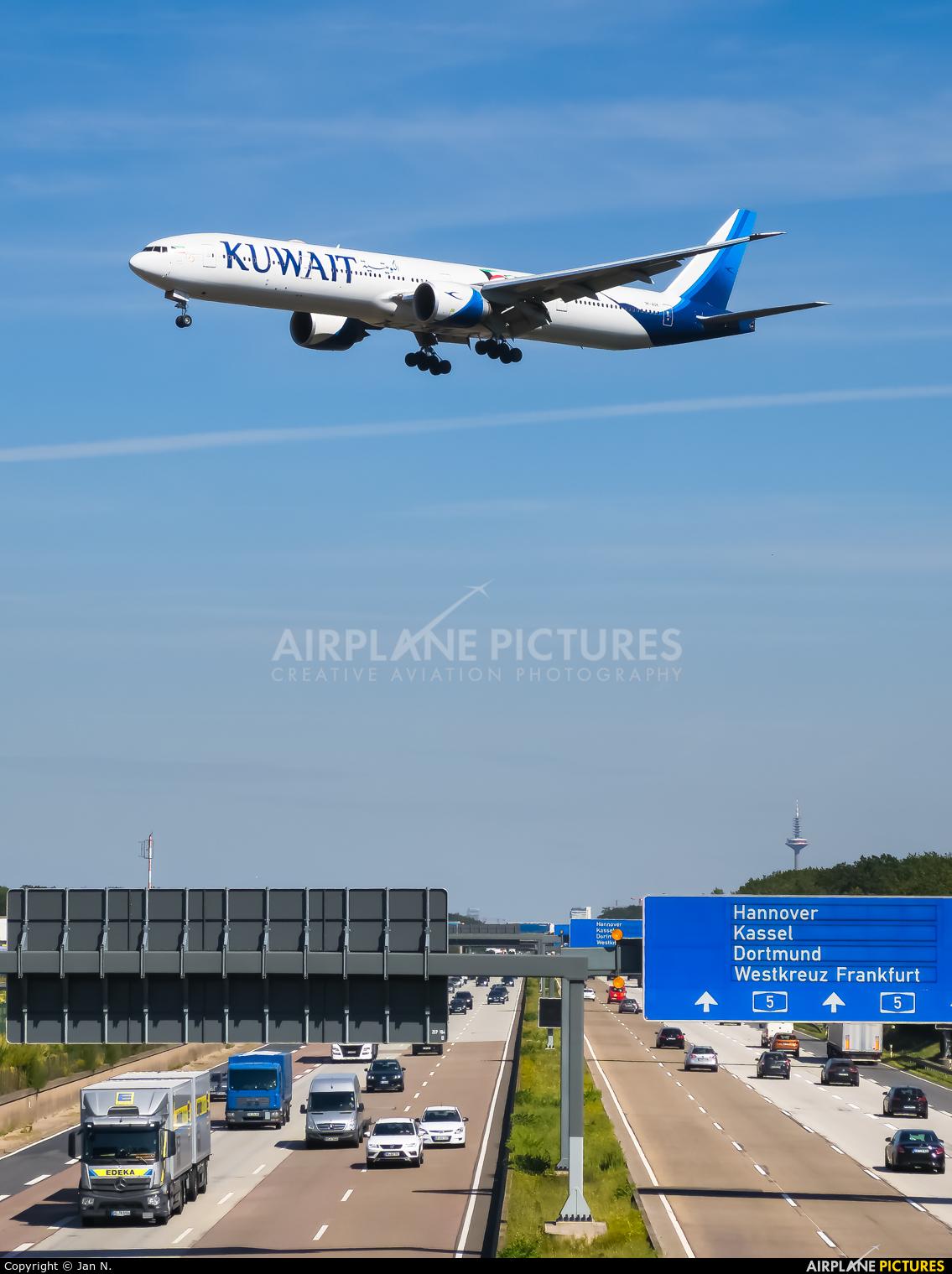 Kuwait Airways 9K-AOK aircraft at Frankfurt