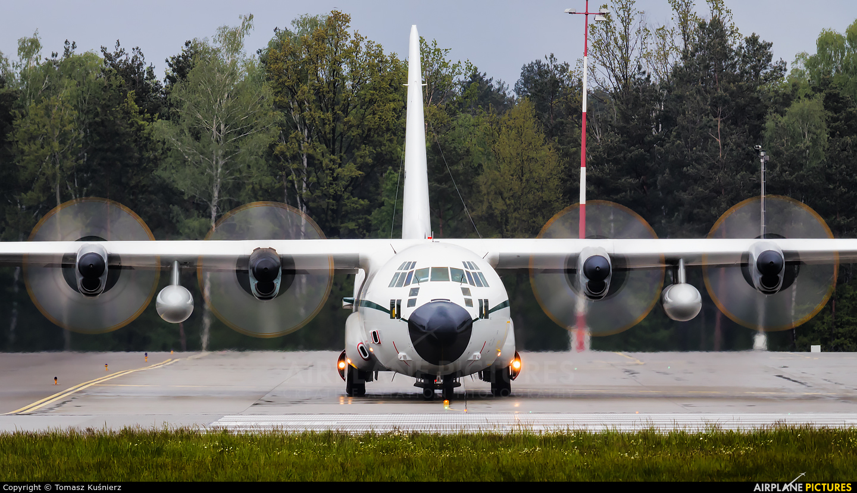 Algeria - Air Force 7T-WHP aircraft at Rzeszów-Jasionka