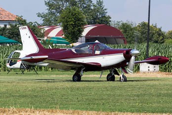 I-SINK - Private SIAI-Marchetti SF-260