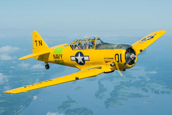 N66WP - Private North American Harvard/Texan (AT-6, 16, SNJ series)